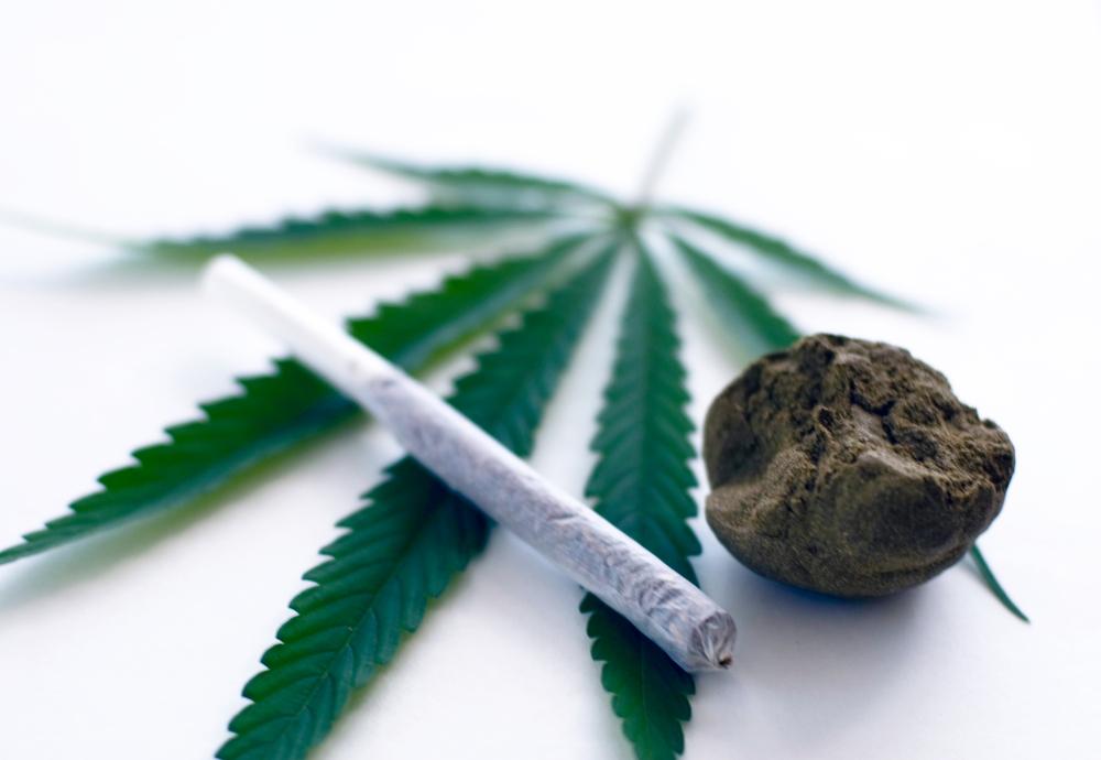 Курильщик марихуаны признаки где купить марихуану в будапеште